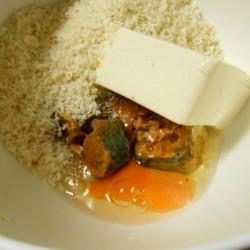さば味噌煮ハンバーグ (2)