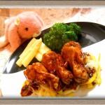 香港バル『鶏手羽元肉の濃密プラムソースソテー』レトルトソース使ってお手軽に