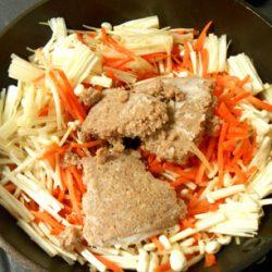 合いびきそぼろ・野菜炒め