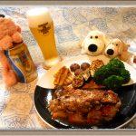 『鶏もも肉のハーブソテー バルサミコ風味』春野菜新玉ねぎとホワイトアスパラ添え