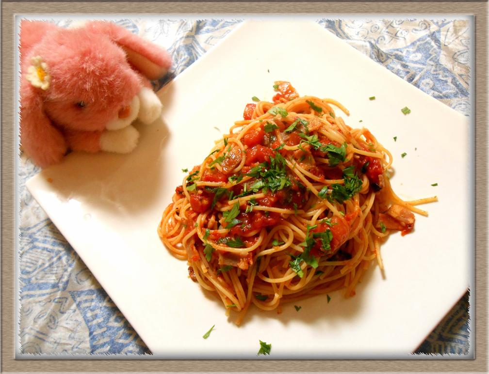 オレガノのトマトパスタ