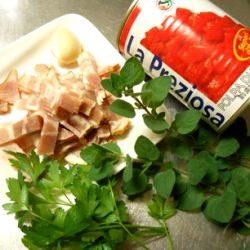 オレガノのトマトパスタ材料