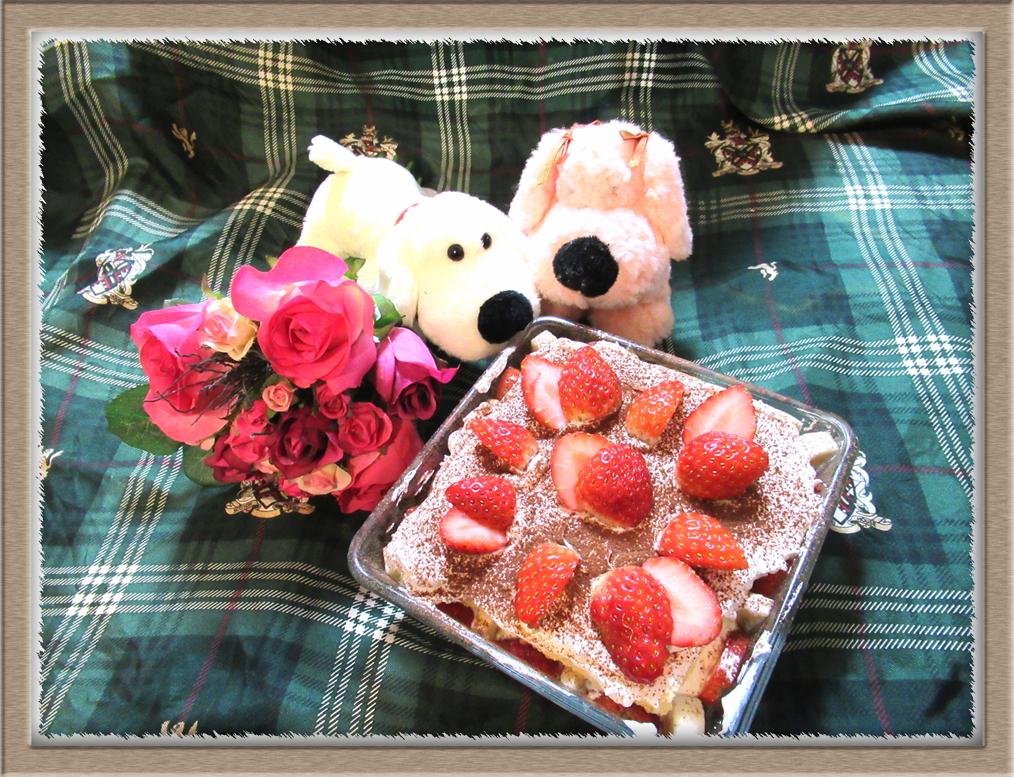 イチゴのスコップケーキ