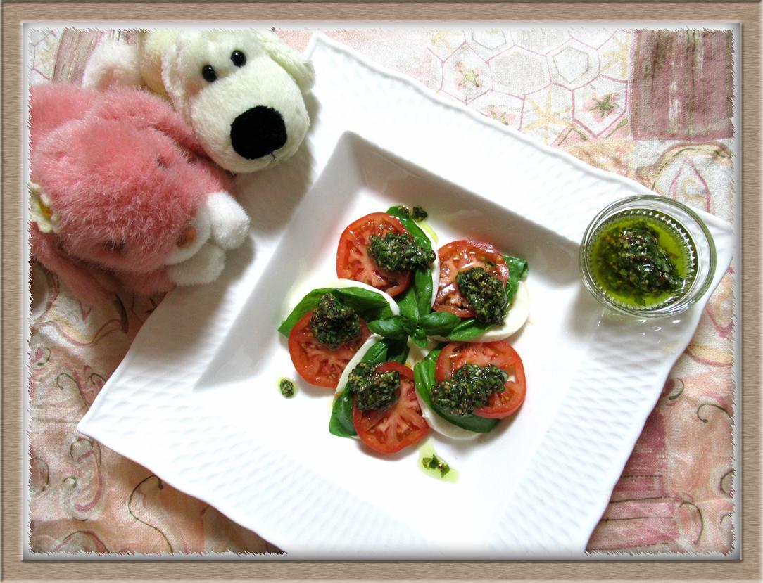 カプレーゼ トマト モッツァレッラチーズ バジル